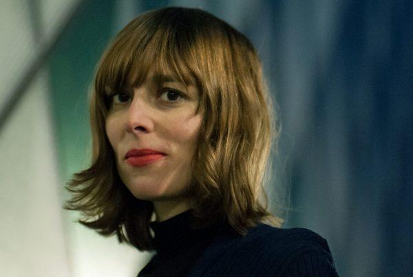 Portraitfoti von Musikerin Stefanie Schrank